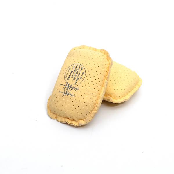 Chamois defogging sponge