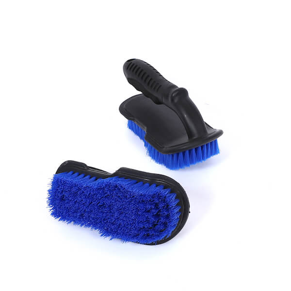soft grip car carpet brush